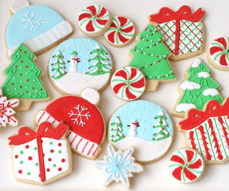 Bánh su kem trang trí theo phong cách Giáng sinh