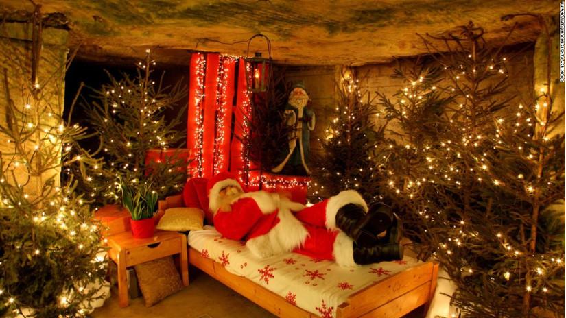Hình ảnh trang trí phòng ngủ bằng cây thông Noel Giáng sinh