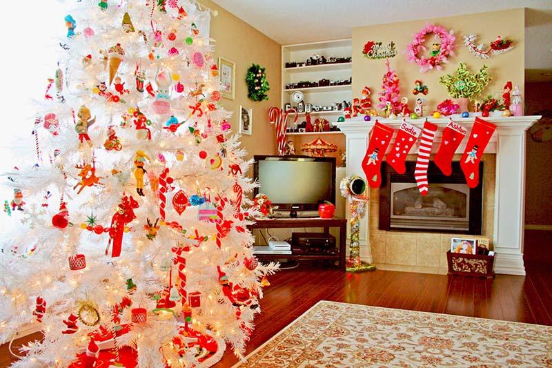 Trang trí nhà cừa Giáng sinh