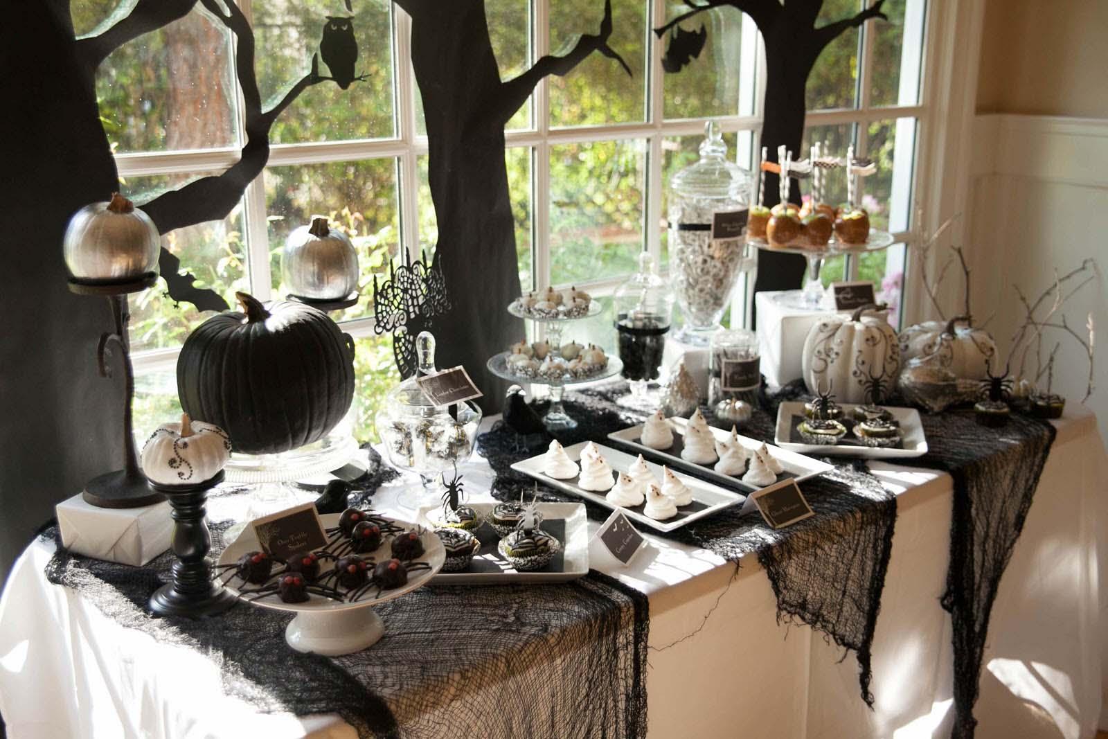 Bàn tiệc Halloween đẹp và ấn tượng