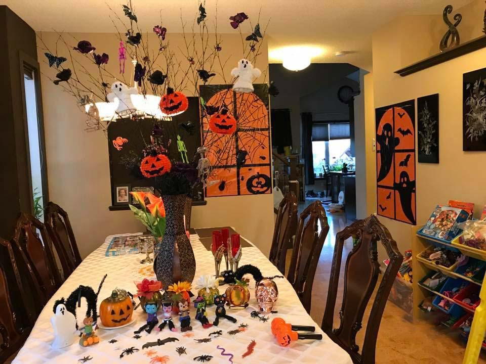Cách trang trí phòng halloween