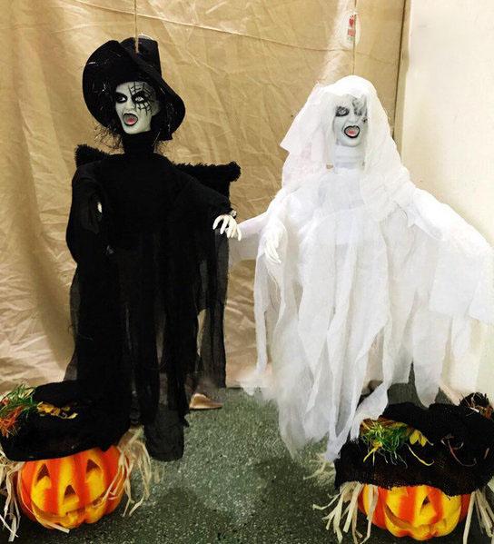 Hình nộm trang trí halloween kinh dị và ấn tượng