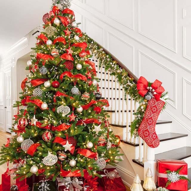 Ảnh đẹp cây thông noel trong nhà